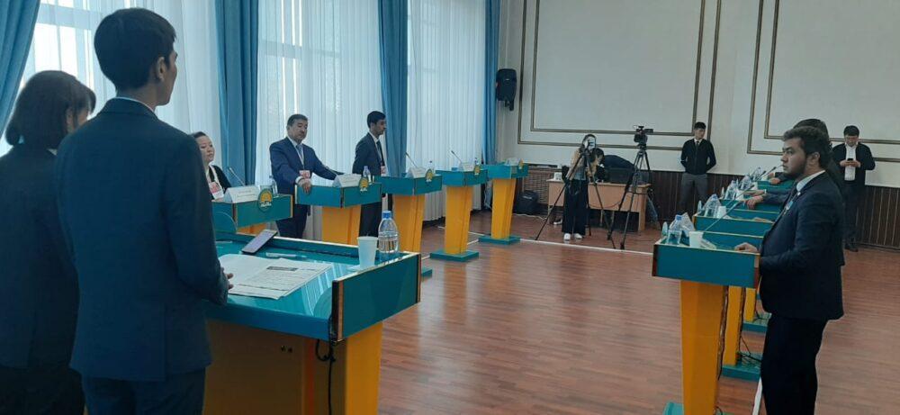 Завершился первый этап дебатов праймериз в Нур-Султане