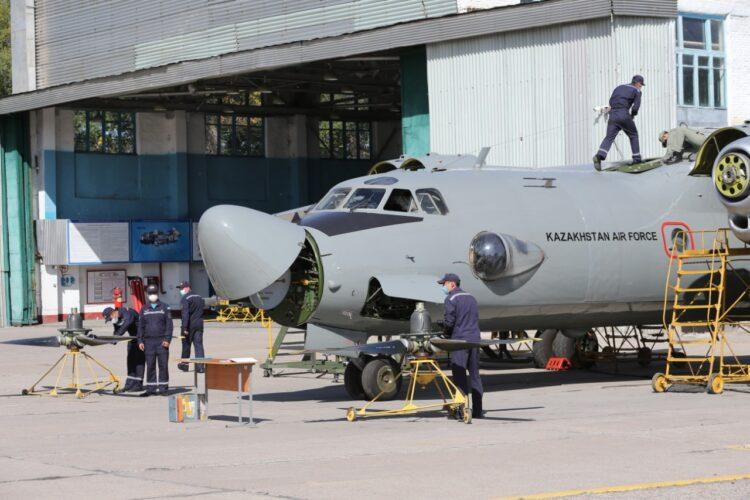 Как в Казахстане проходят военные учения сил воздушной обороны в период пандемии коронавируса 1