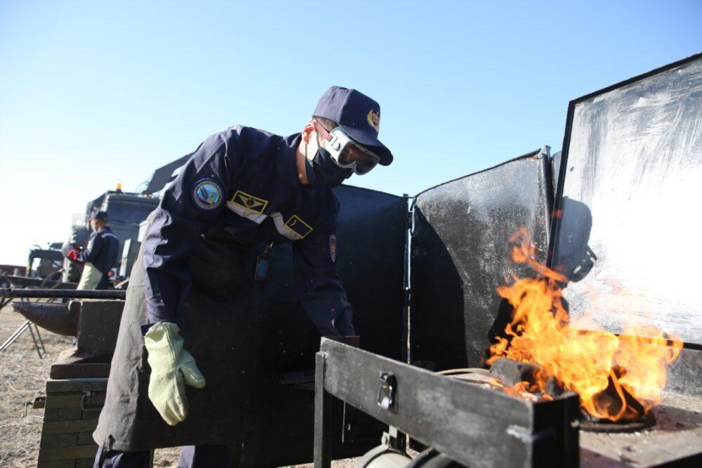 Как в Казахстане проходят военные учения сил воздушной обороны в период пандемии коронавируса