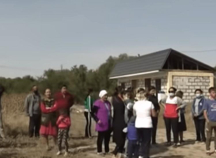 """""""Как в каменном веке"""": сельчане устроили митинг в Алматинской области 1"""