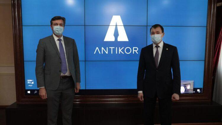 Шпекбаев обсудил реализацию антикоррупционной политики 1