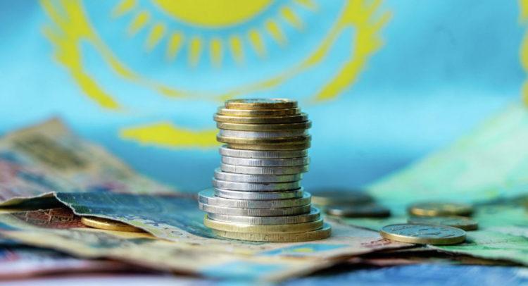 Экономика Казахстана продолжает падать