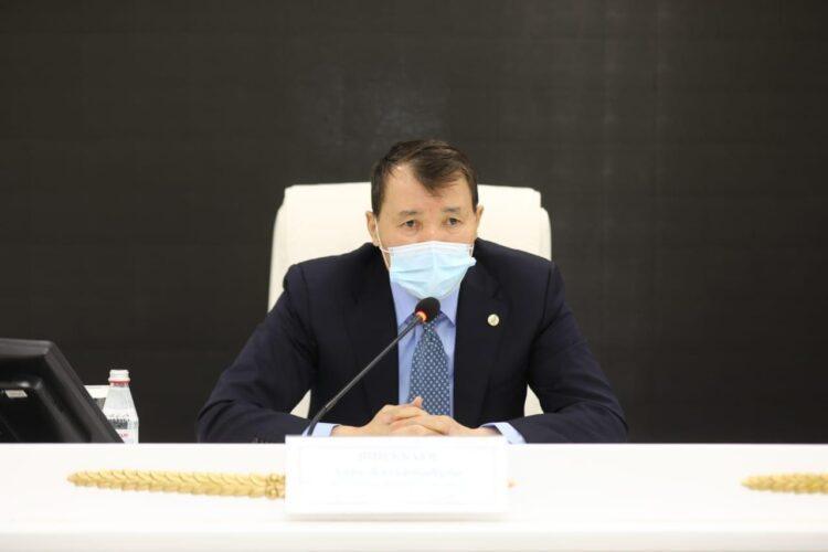 Шпекбаев: Мы обязаны оперативно решать проблемы казахстанцев, а не только слышать их чаяния 1