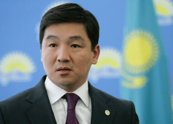 В программе Народной партии Казахстана очень много популистских обещаний – Байбек 1
