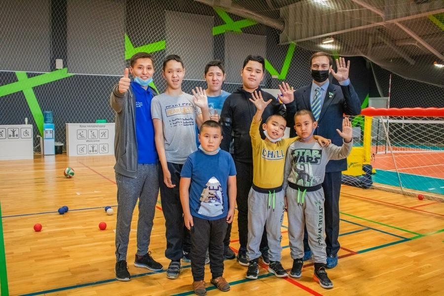 Артур Платонов узнал, как в Нур-Султане тренируются спортсмены с ограниченными возможностями 4