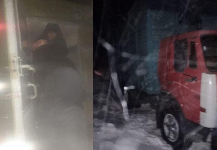 Микроавтобус с пассажирами застрял в ВКО 1