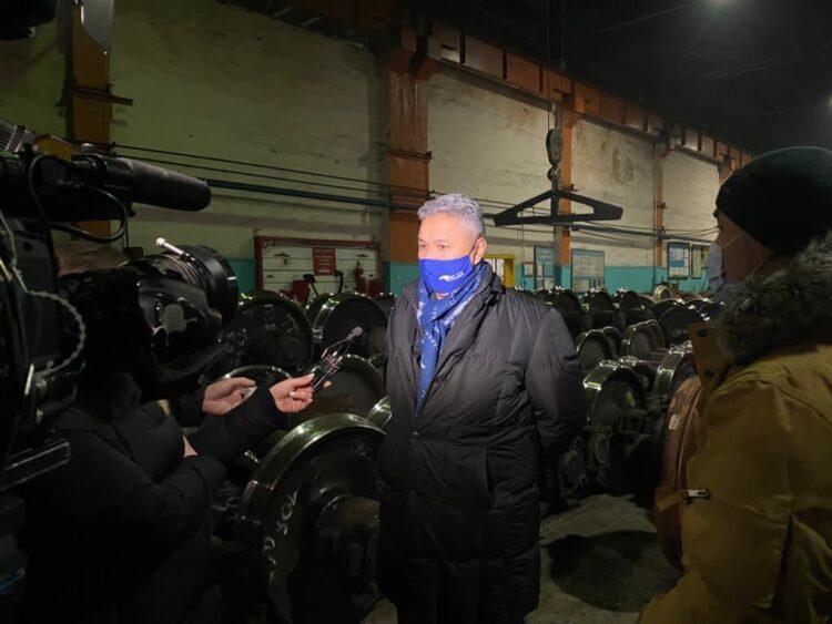 Перуашев встретился с работниками Акмолинского вагоноремонтного завода 1