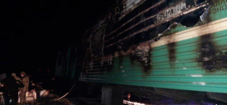 В поезде Мангышлак - Актобе загорелся вагон: пострадавший ребенок находится в тяжелом состоянии 1