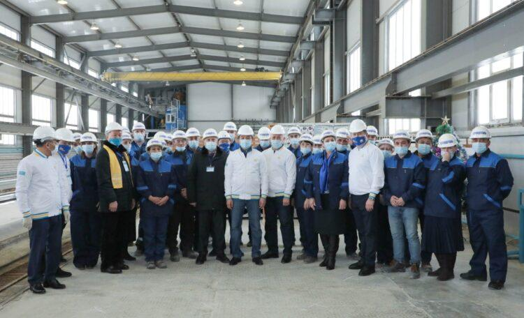 100 тысяч рабочих мест пообещал Nur Otan в Актобе 1