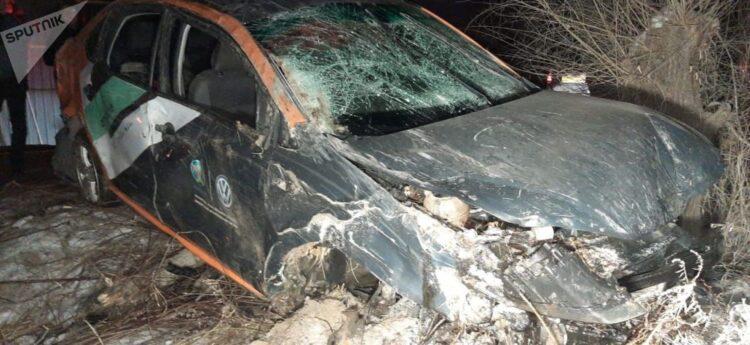 Каршеринговый автомобиль попал в ДТП в Алматы. В салоне были девять человек 1