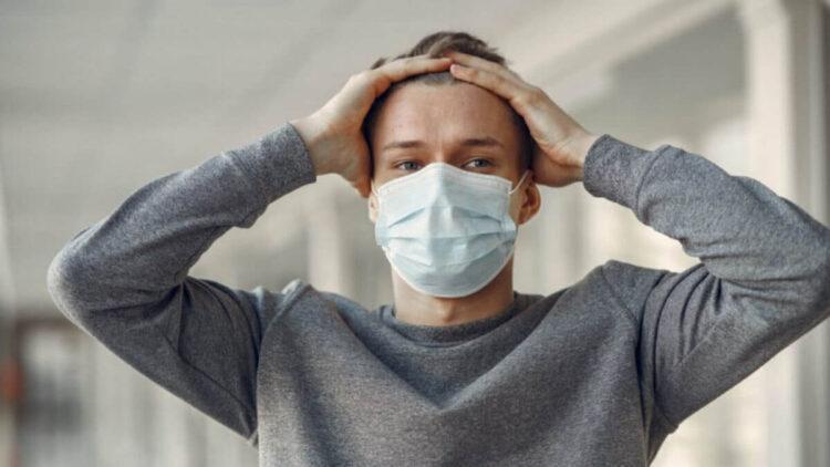 Что нельзя делать переболевшим коронавирусом: эксперт назвал опасную ошибку 1