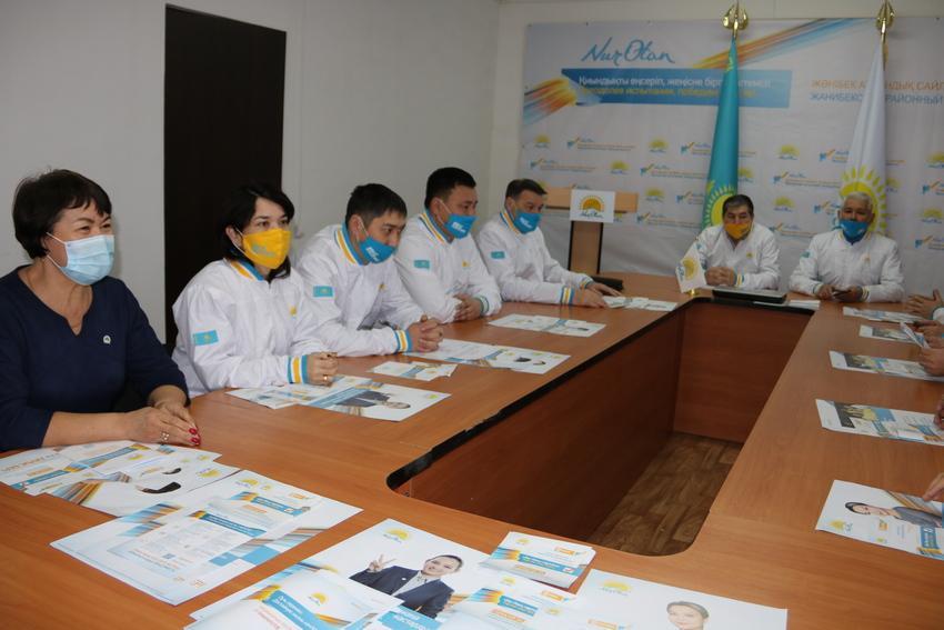 Выборы-2021: нуротановцы встретились с десятками тысяч жителей Жанибекского района ЗКО 1