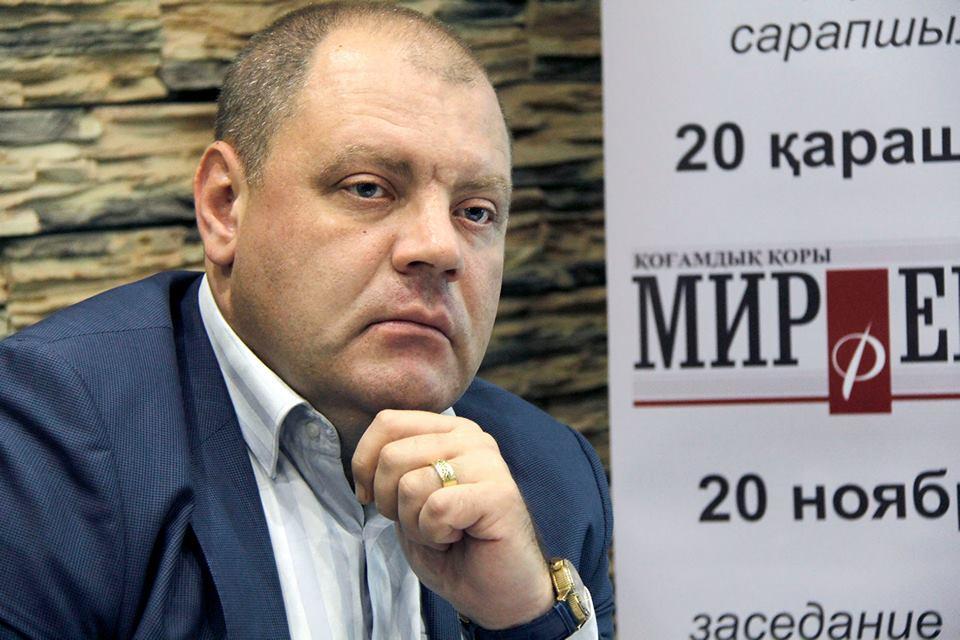Политолог раскрыл малоизвестные факты о первой Конституции Казахстана 1