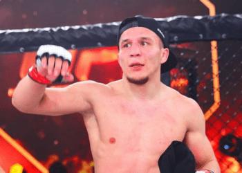 Казахстанец бросил вызов Куату Хамитову и назвал российского бойца «пуховым одеялом» 1