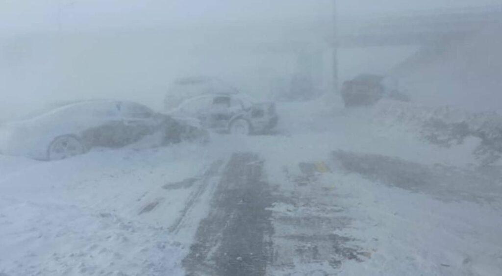 Шесть автомобилей столкнулись на трассе Темиртау-Караганда 1