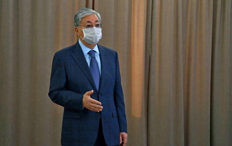 Касым-Жомарт Токаев привьется казахстанской вакциной от коронавируса 1