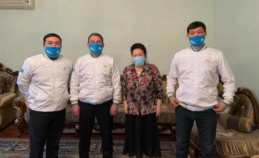 Выборы-2021: ветераны в Атырау поделились с нуротановцами бесценным опытом 2