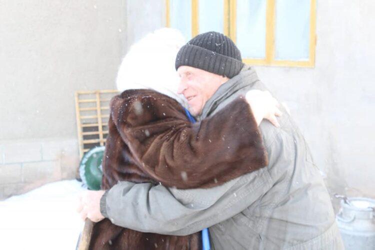 Кандидат от Nur Otan встретилась с 83-летним старожилом 1