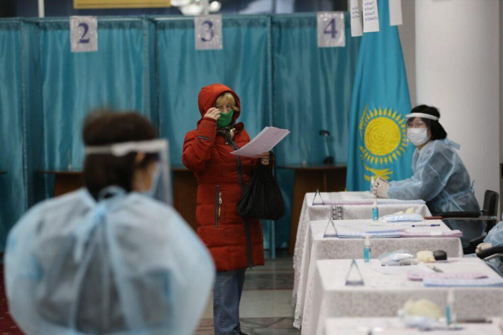 Алматинская семья за 30 лет Независимости не пропустила ни одни выборы 1