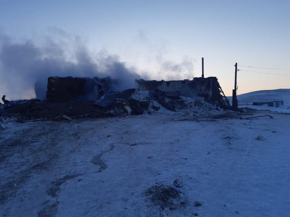 Ребенок погиб из-за взрыва газового баллона в Актюбинской области 2
