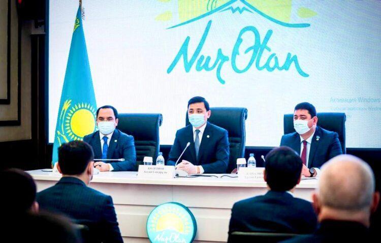 Nur Otan утвердил Дорожную карту реализации предвыборной программы 1