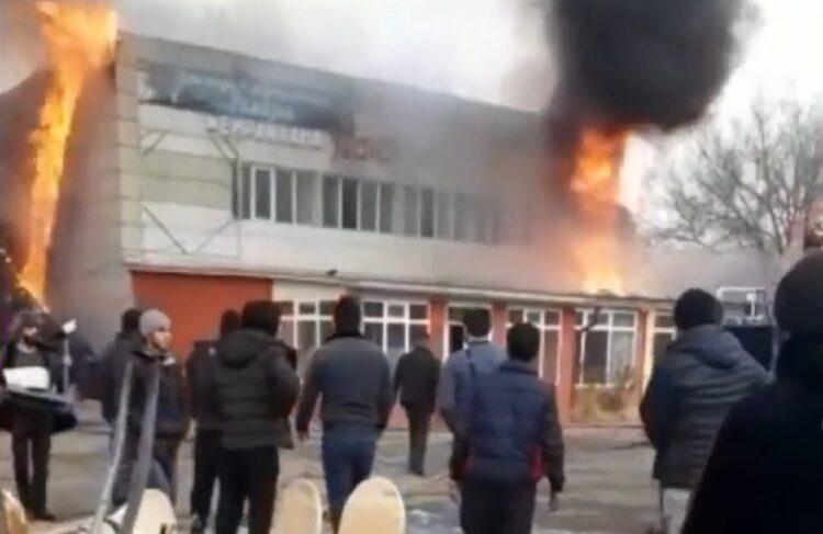 Кафе сгорело в Алматинской области 1