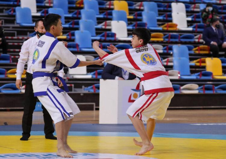 В Нур-Султане прошел Чемпионат Казахстана по қазақ күресі 1