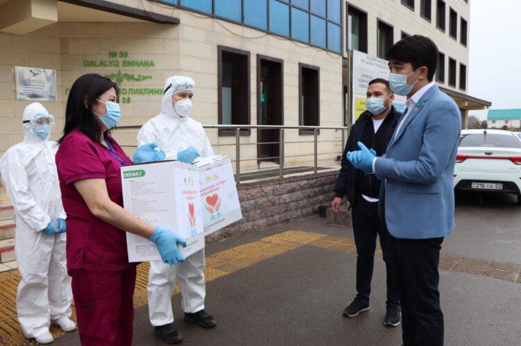 Нуротановец подарил кислородные концентраторы Алматинской поликлинике 1