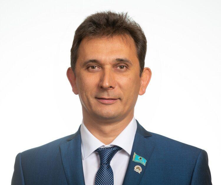 Депутат от Nur Otan рассказал о работе земельной комиссии 1