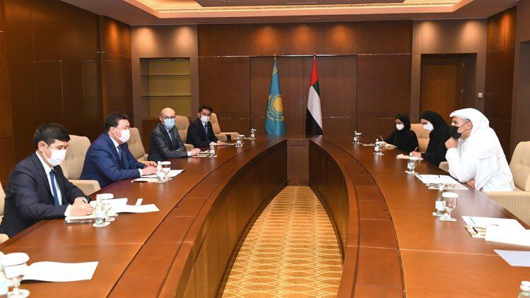 Казахстан и ОАЭ: подписано 17 соглашений 1
