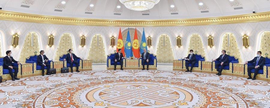 Токаев сказал, что послужит во благо народов Казахстана и Кыргызстана 2