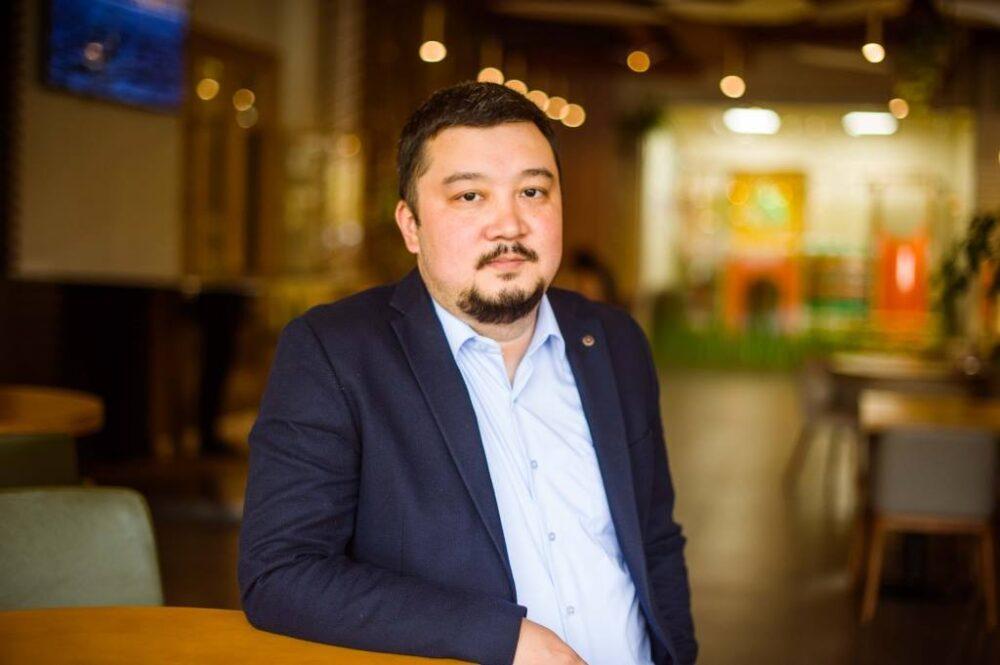 Стоит ли ребенку в Казахстане давать матчество или отчество? Обсуждаем