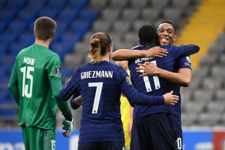Автогол и незабитый пенальти: сборная Казахстана проиграла Франции 1