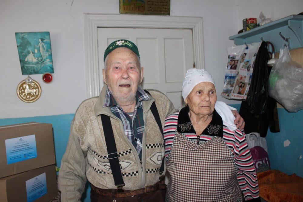 В Темиртау предприятие поддерживает ветеранов и одиноких пенсионеров 3