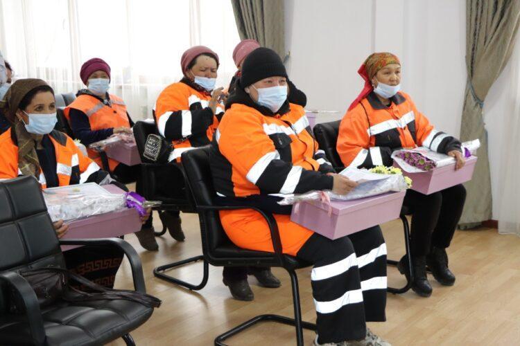 Nur Otan: Почести оказаны многодетным матерям, ответственным за чистоту Туркестана 1