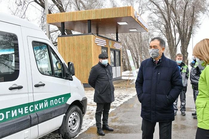 Первый экологический пост начал работать на въезде в Алматы 2