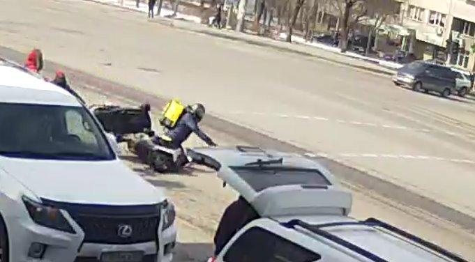 Фото: скриншот с видео ДТП