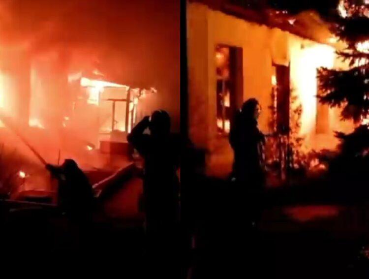 В Павлодаре во время пожара обрушилась крыша церкви 1