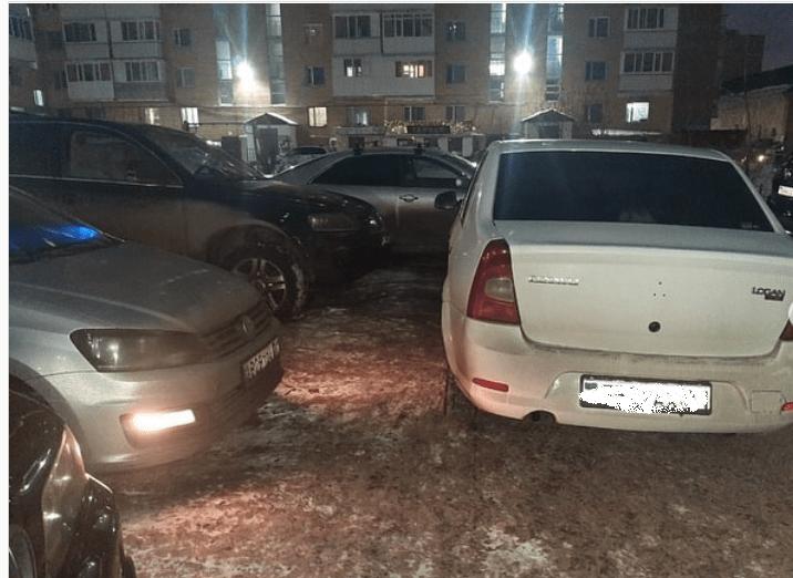 Беда казахстанских тротуаров, или как бороться с неправильными парковками 1