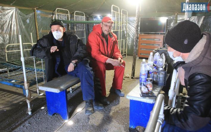 Голодовка на скандальной свиноферме в Казахстане прекращена. Работники так и не дождались акима 1