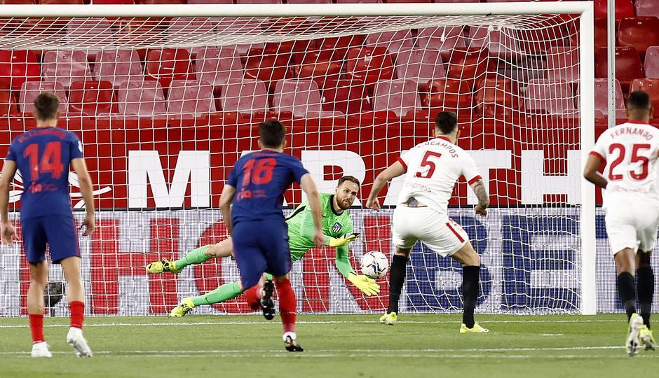 «Севилья» вернула интригу в чемпионате Испании по футболу 1