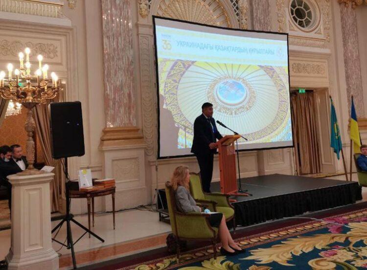 Казахстан поддерживает соотечественников за рубежом – Дархан Калетаев 1