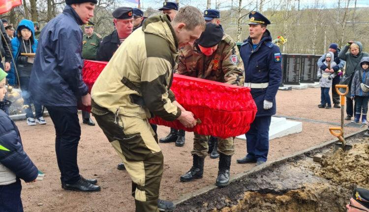 Останки казахстанского солдата перезахоронили в Ленинградской области 1