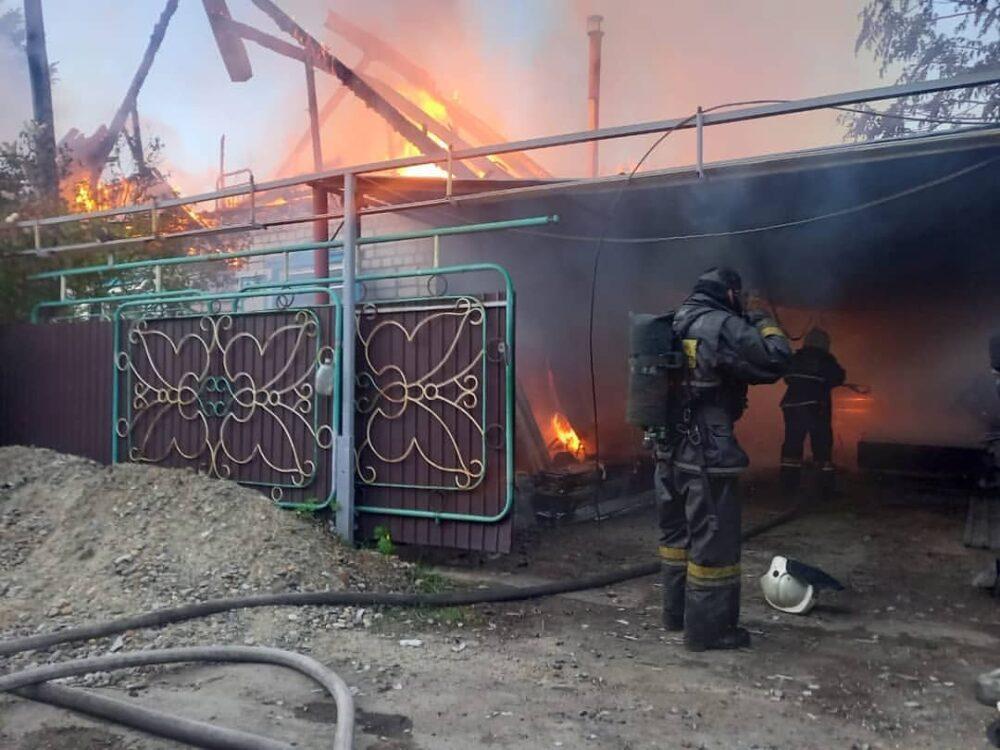 За ночь два крупных пожара произошло в Семее 2
