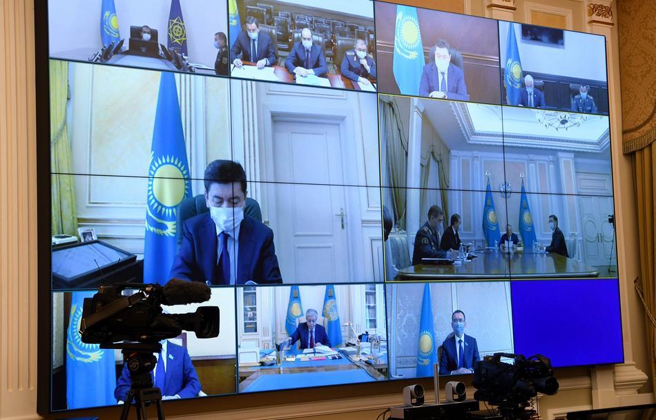 Необходимо обеспечить надежную охрану казахстанской границы – Назарбаев