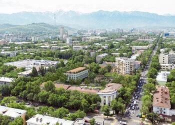 """Вместо двух девятиэтажек в """"золотом квадрате"""" Алматы построят один пятиэтажный дом 2"""