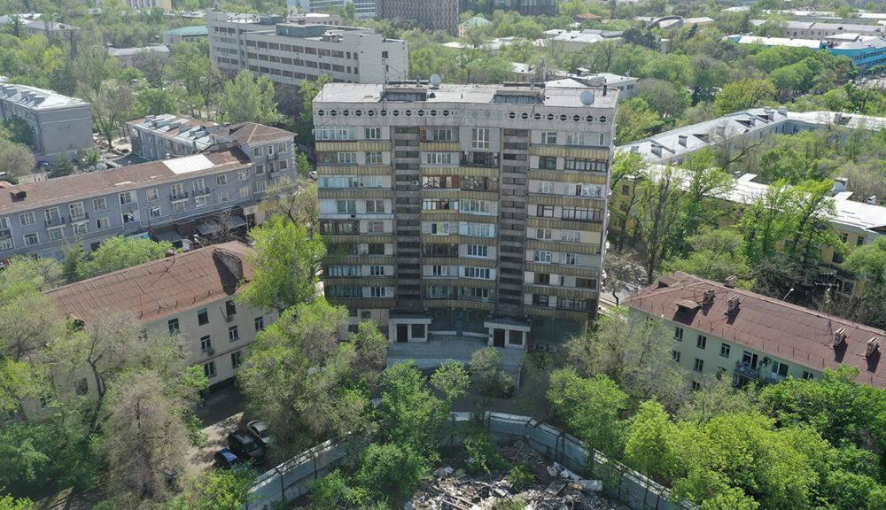 """Вместо двух девятиэтажек в """"золотом квадрате"""" Алматы построят один пятиэтажный дом 3"""