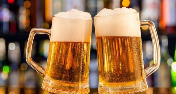 В США привившимся от COVID-19 будут выдавать бесплатное пиво 1