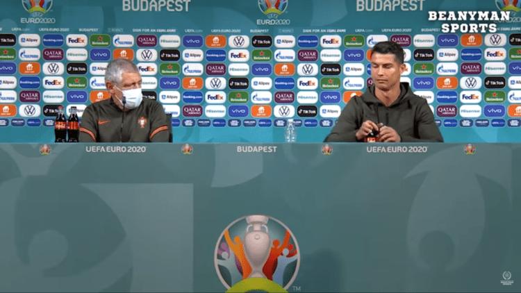 Эффект Роналду. УЕФА запретил футболистам убирать со стола бутылки спонсоров 1