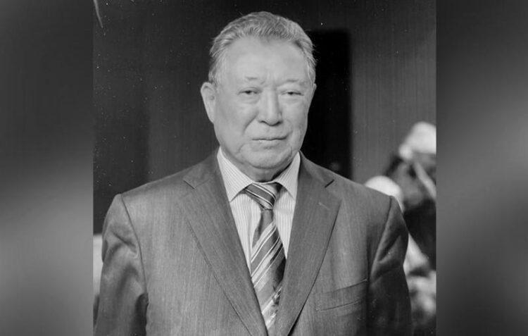 Скончался отец премьер-министра Аскара Мамина 1